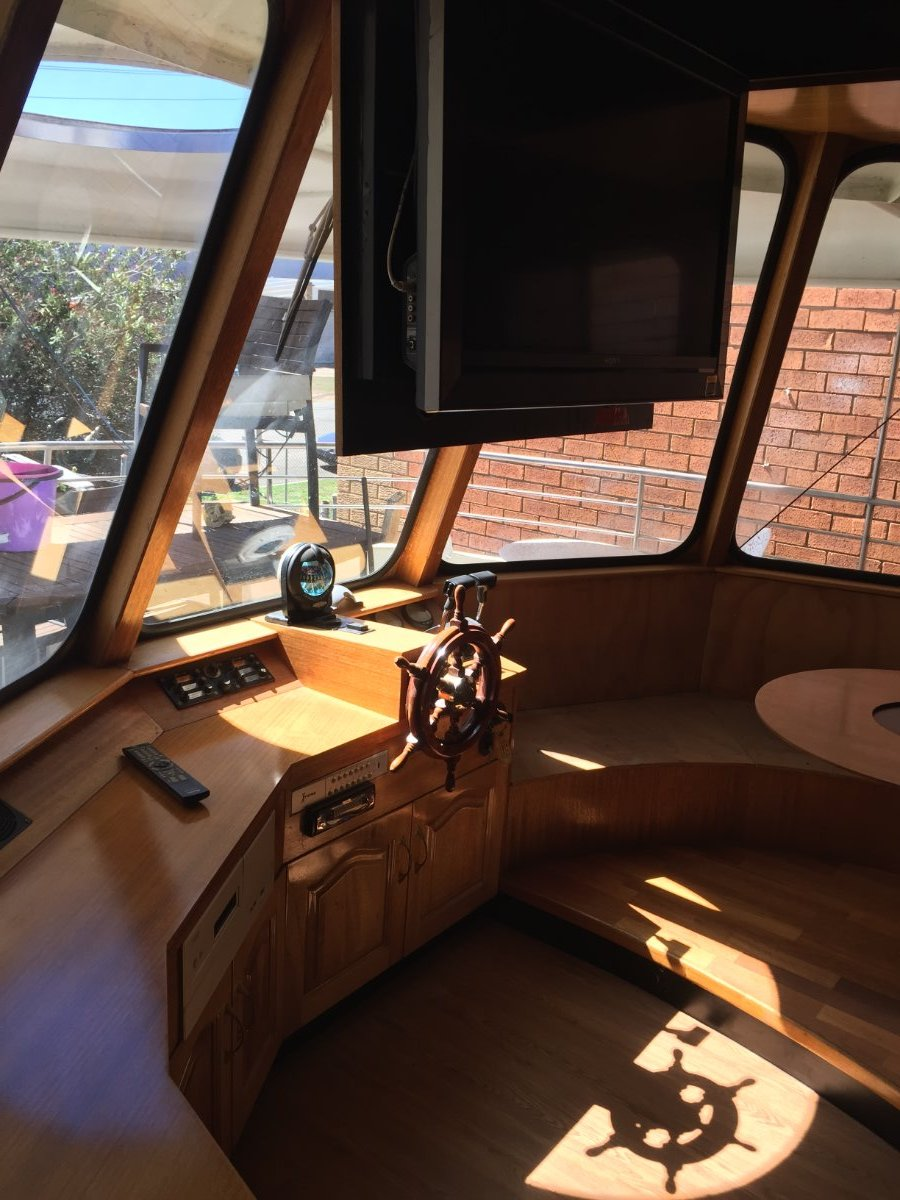Custom built aluminium houseboat