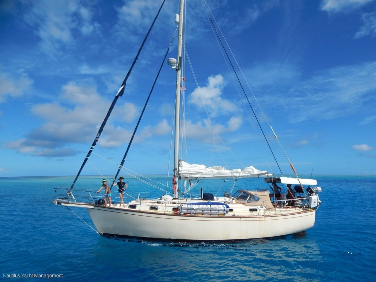 Island Packet 38 Turn-key condition and ready to sail away now!