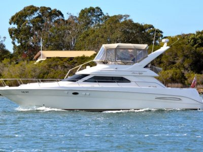 Sea Ray 450 Express