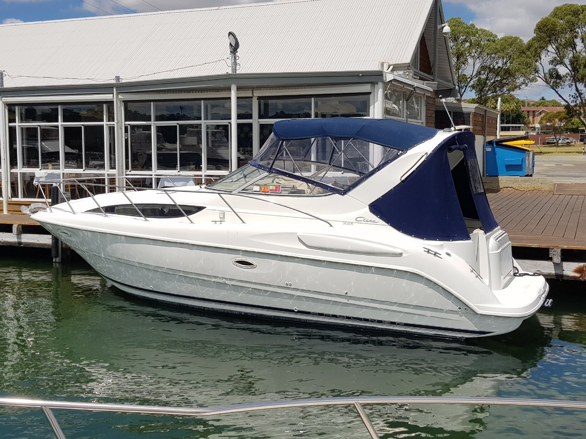 Bayliner 305 Ciera SPORTS CRUISER AND A BICTON MOORING AVAILABLE