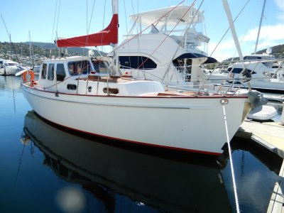 Adams 31 Motorsailer SUPERBLY BUILT + EXC CONDITION