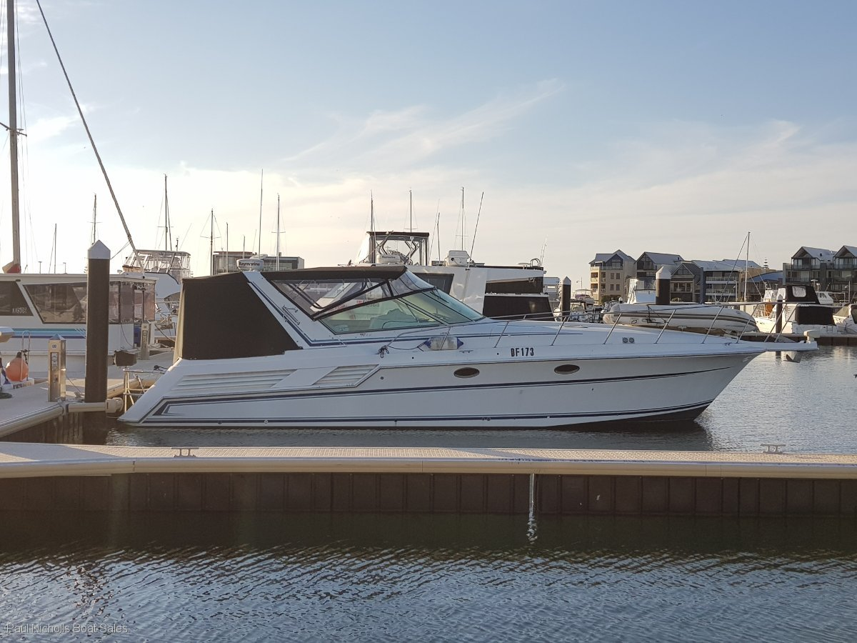 Bertram Trojan Express 42 GREAT ENTERTAINER AND PRICED TO SELL !!!!:PAUL NICHOLLS BOAT SALES