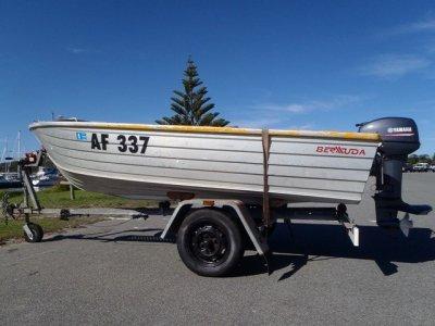 Bermuda Trojan 128 Hdo Open boat