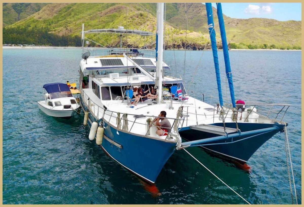 60ft Expedition Motorsailer Catamaran - 5 Cabins