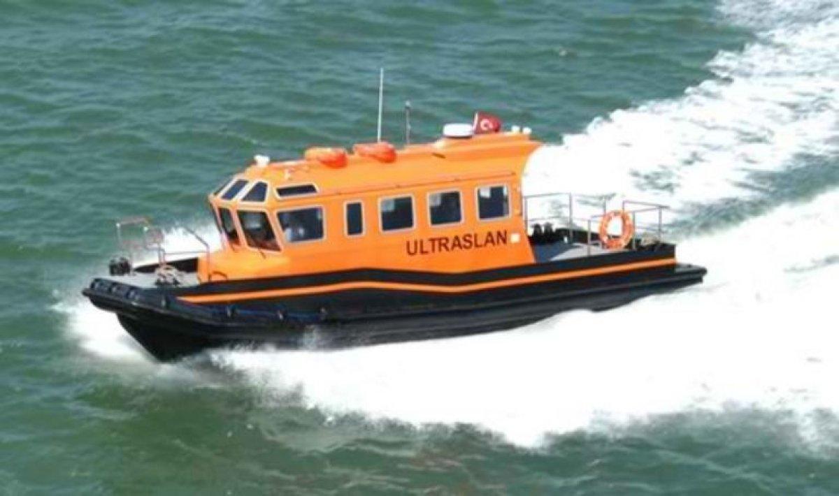 Loyd 10m HDPE Crew Boat