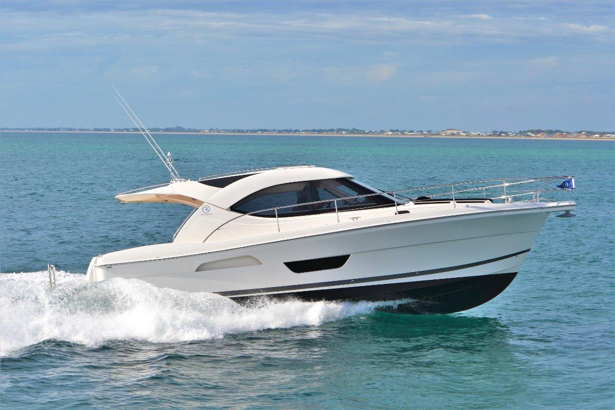 Riviera 3600 Sport Yacht Series 11 *** NEW NEW NEW ***
