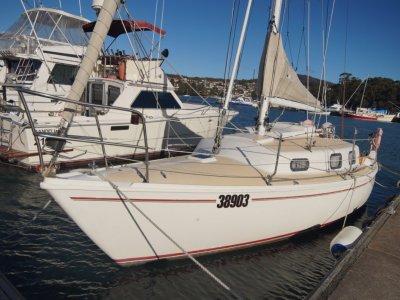 Santana 28 Cruising Yacht