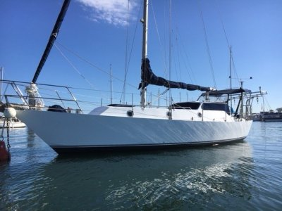 John Pugh Moonwind 35 Cruising Sloop