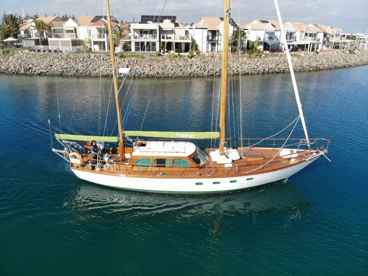 Alden Ketch Motor-sailor