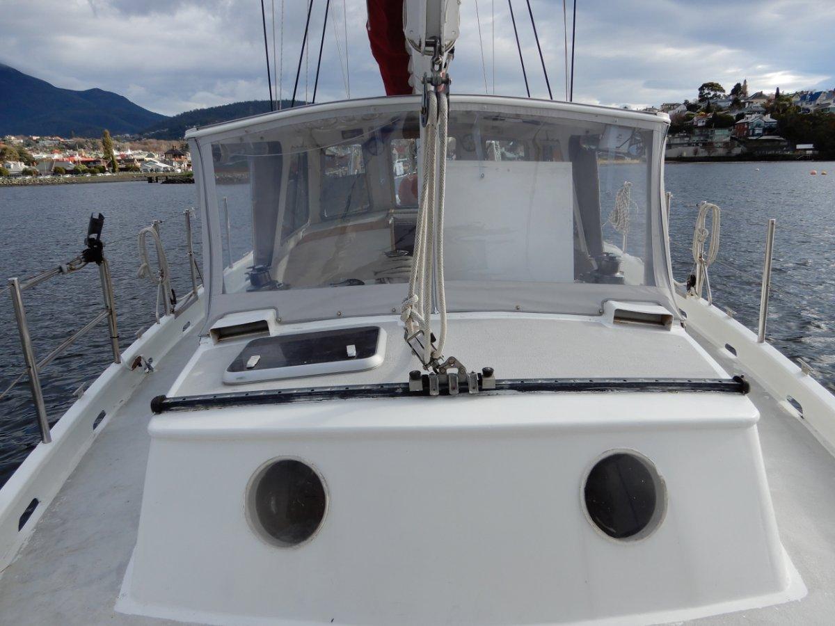 Breekveldt 40 Centre Cockpit Pilothouse Style Steel Yacht