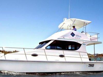 Cruisecat 4030 Charter boat set up for fleet work