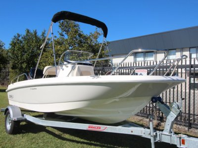 Boston Whaler 170 Dauntless Centre Console