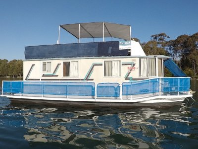 37 Custom House Boat