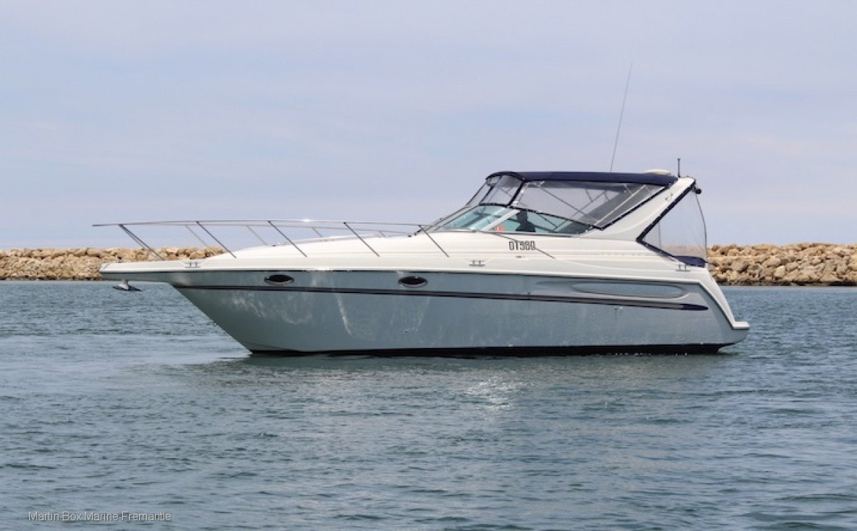Maxum 3000 SCR With Bow Thruster
