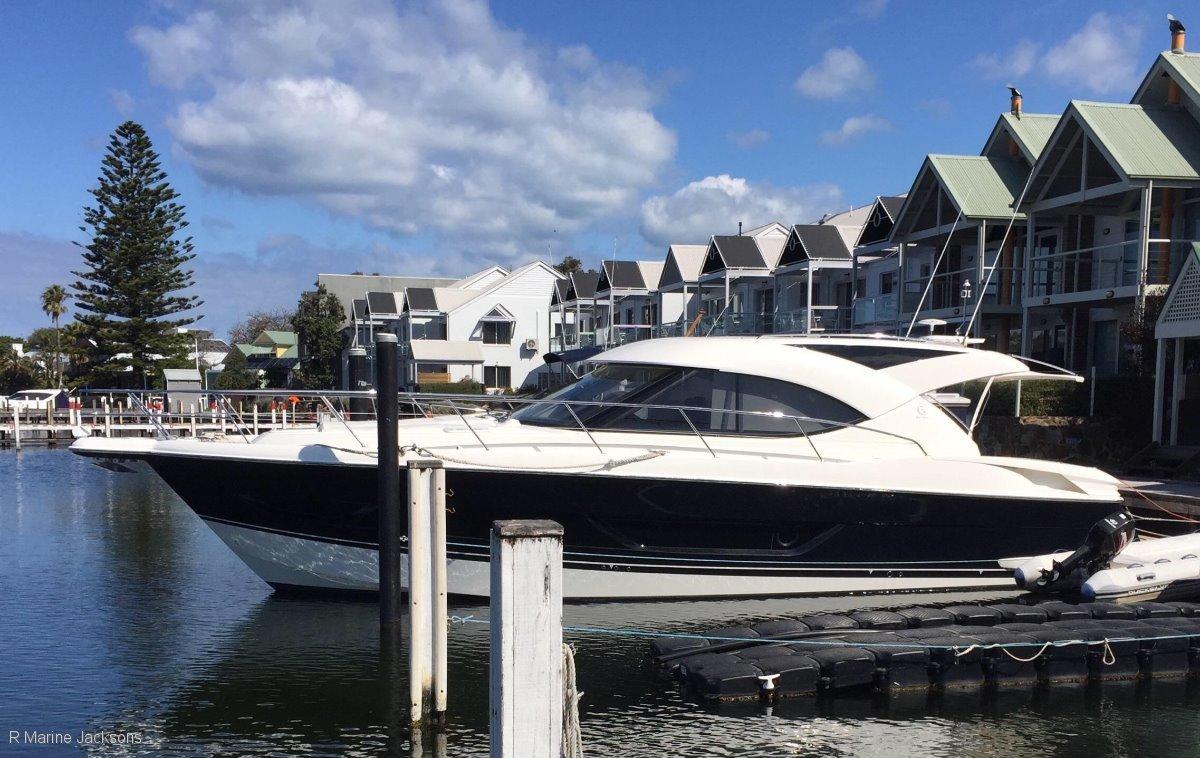 Riviera 4400 Sport Yacht Series 11:Riviera 4400 Sport Yacht R marine Jacksons