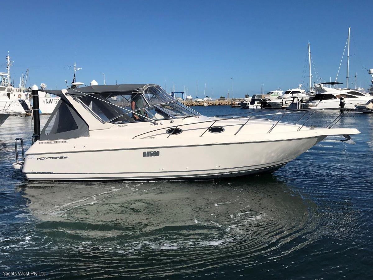 "Monterey 290 Cruiser ""38 knots"":MONTEREY 290 by YACHTSWEST"
