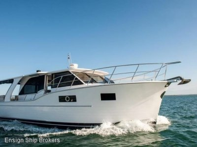 North Harbour Motor Yachts Sedan 45