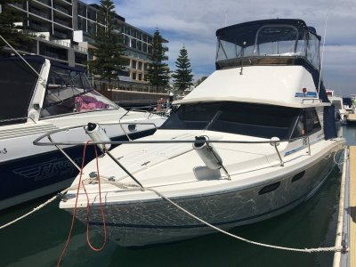Leeder 28 Flybridge Ready for summer, legendary WA build!!