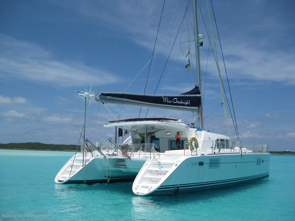 Lagoon 440 Owner's version.:Lagoon 440 . Owners Version. One owner. Never chartered.