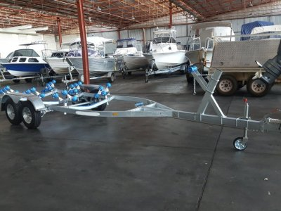 Brand New Tandem Axle Boat Trailer