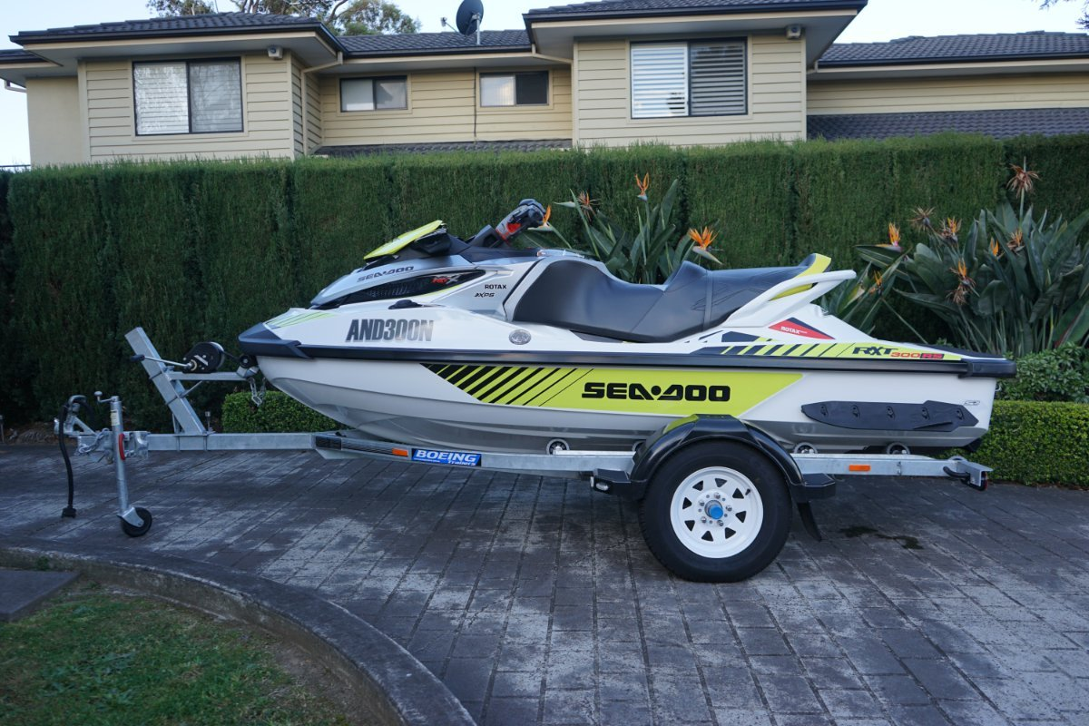 Sea-Doo RXT-X-300 RS