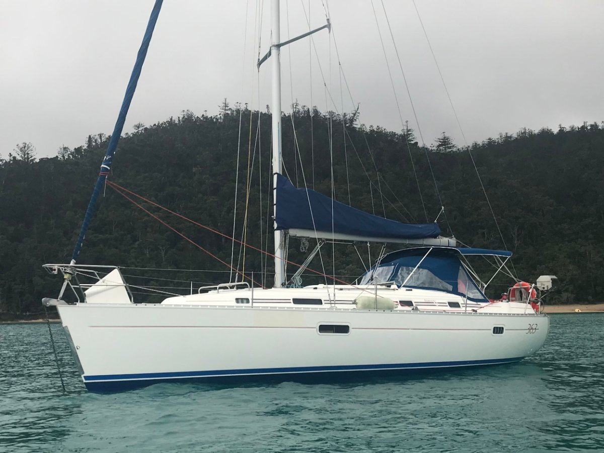 Beneteau Oceanis 363 - 1/10th share based at Hamilton Island -