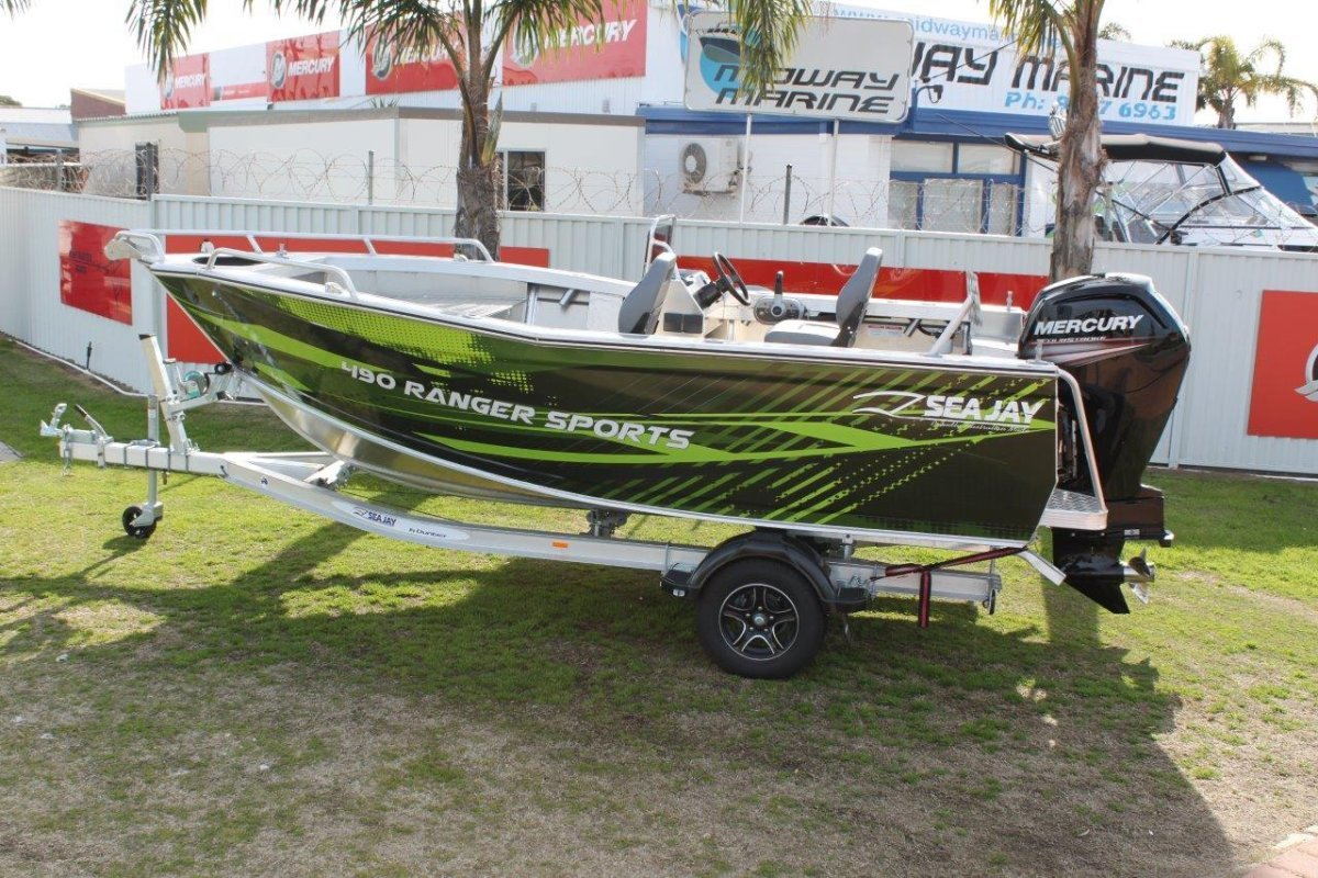 Sea Jay 4.90 Ranger Sports Side Console  ***IN STOCK***
