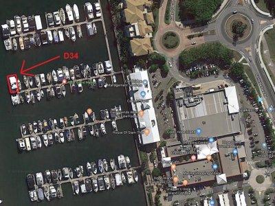 16M Hope Island Marina Berth D34