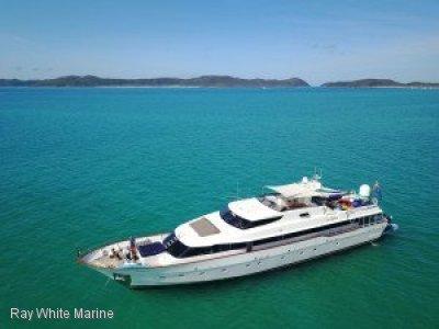 M/Y Deep Blue - Brooke Marine Custom Motor Yacht