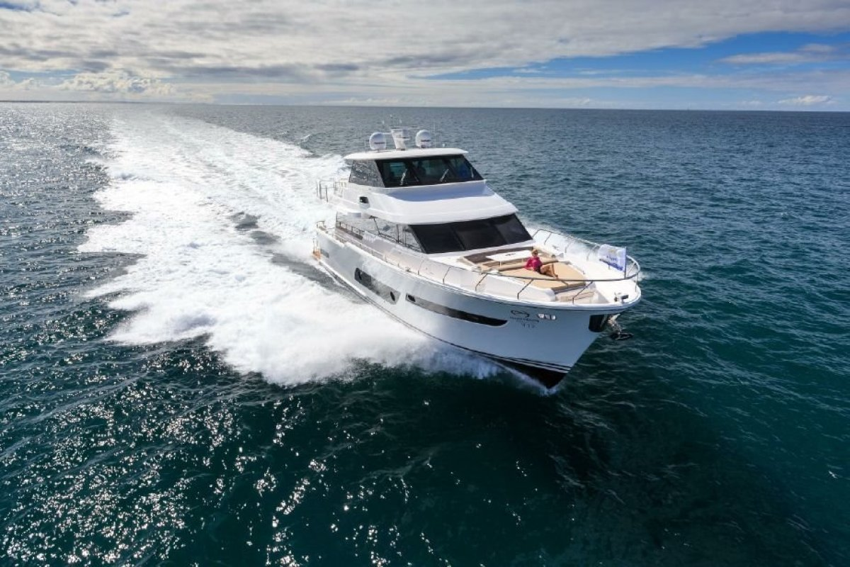 Horizon Yacht V72:Horizon V72 Motor Yacht