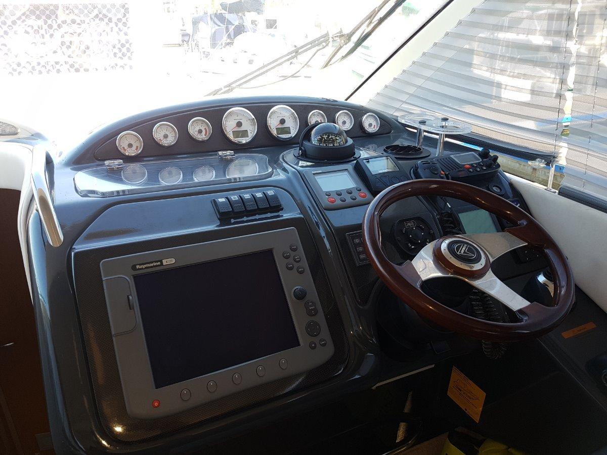 Genesis 44 V Cruise