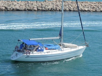 Bavaria 41 ft Perth yacht for sale
