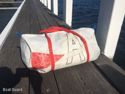 BOAT BAGS - MADE FROM RECYCED SAILS