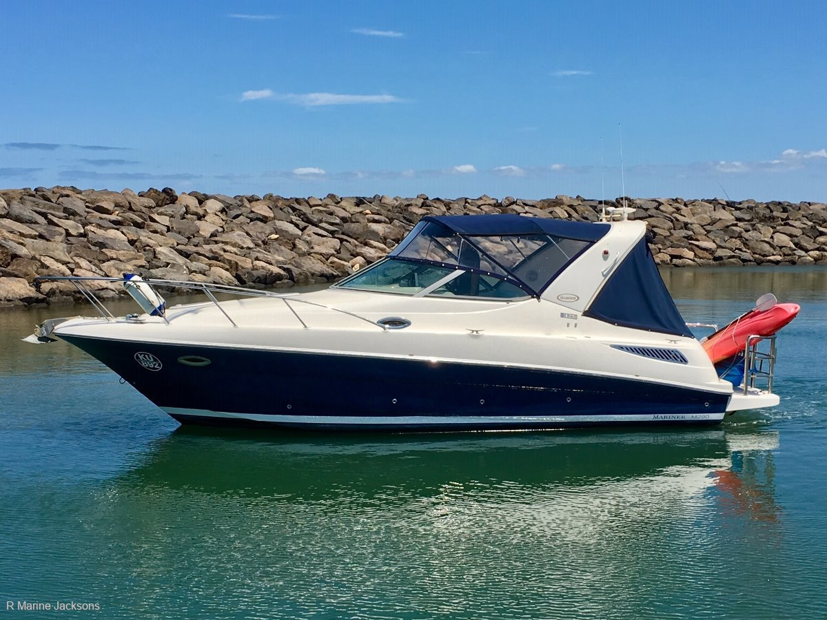 Riviera M290 Sport Cruiser Boat Brokers of Tasmania