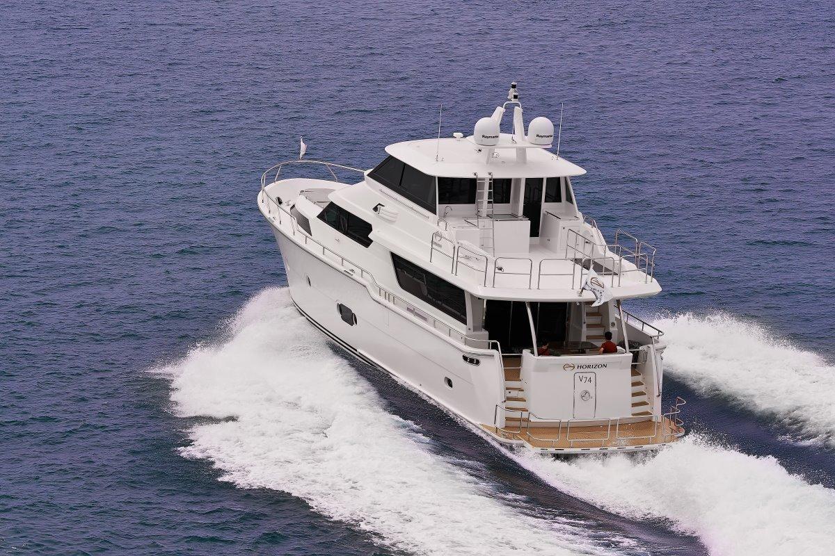 Horizon Yacht V72