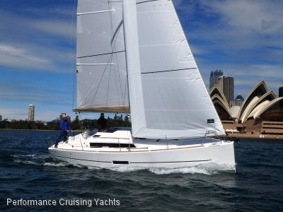 Dufour Grand Large 310 Demonstrator - Exclusive Offer
