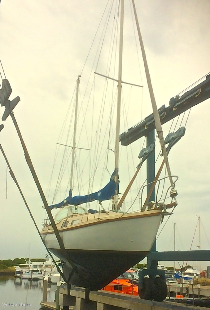 Walker H28 ketch