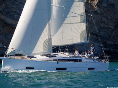 Dufour Grand Large 390 Demonstrator - Exclusive Offer