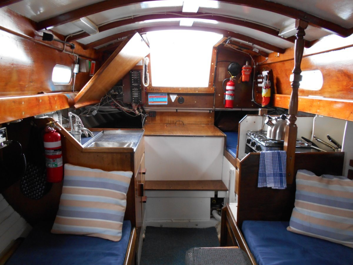 Herreshoff H28 AS IS WHERE IS, WORK NEEDED BUT GREAT OPPORTUNITY
