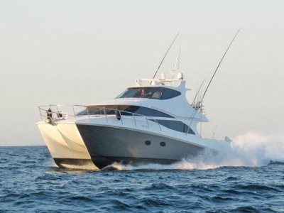 Custom 52 Flybridge