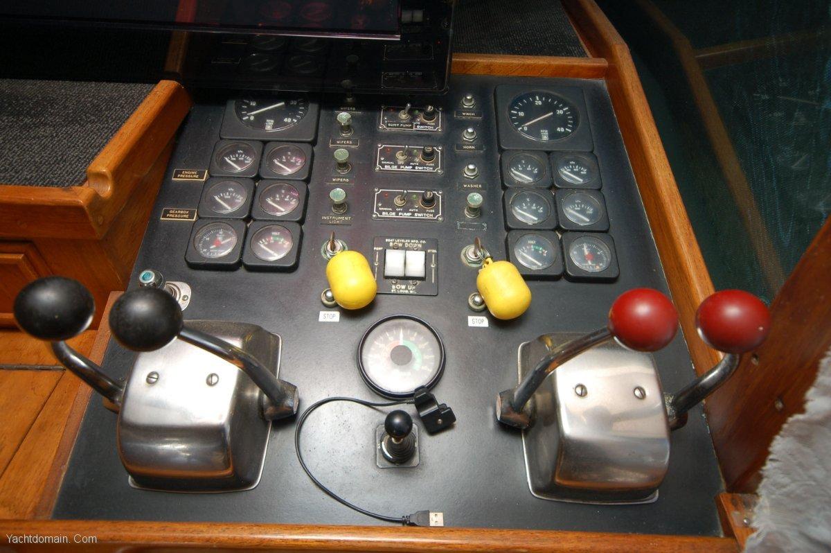 Mariner 43 Flybridge