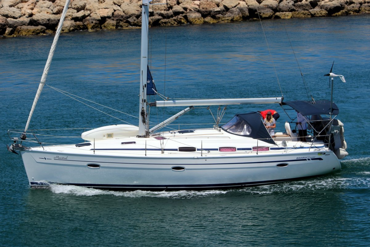 Bavaria Cruiser 39 Delivered new in 2007.2 owners, very light usage.
