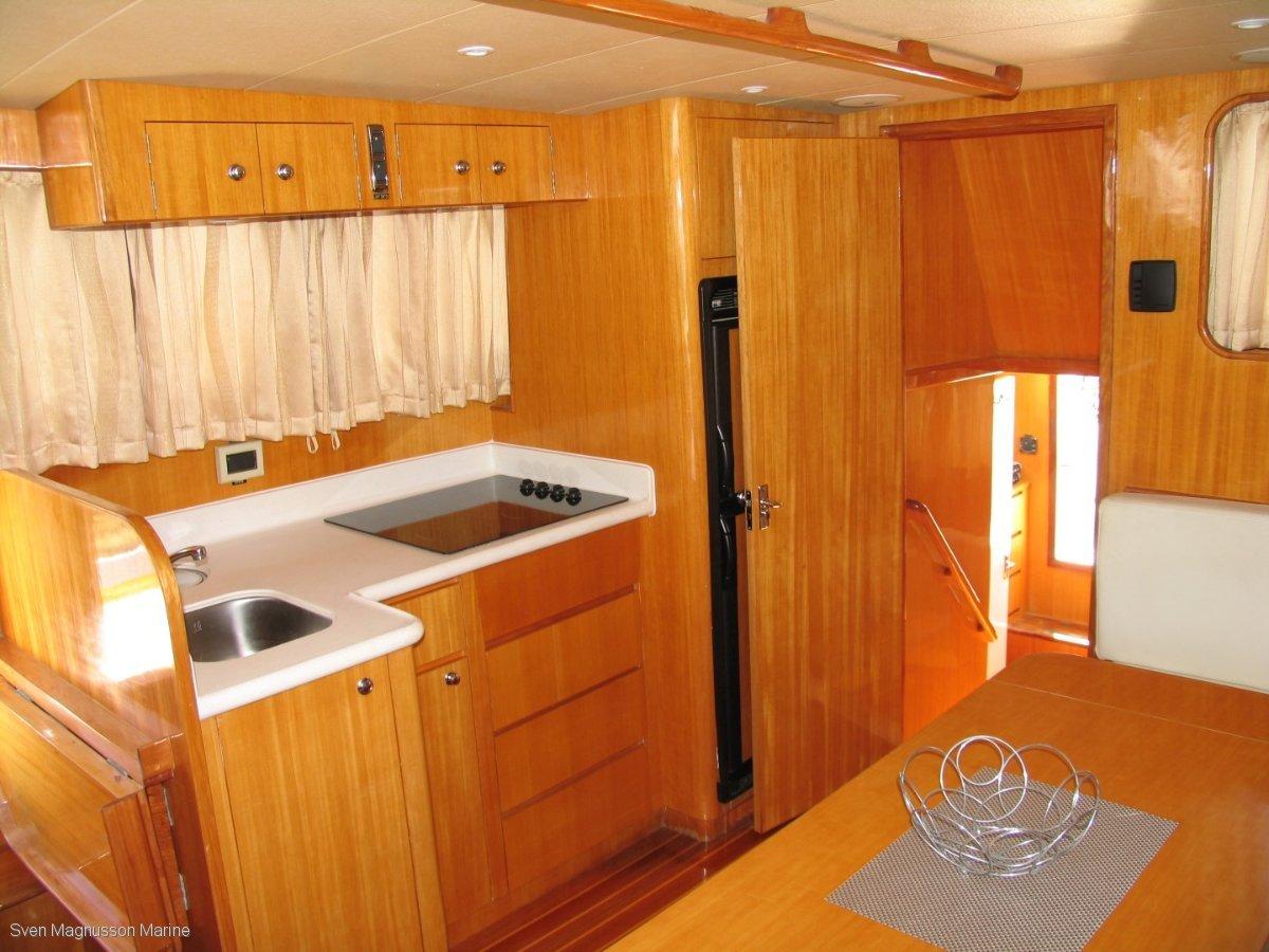 Moreton 40 Aft Cabin Cruiser