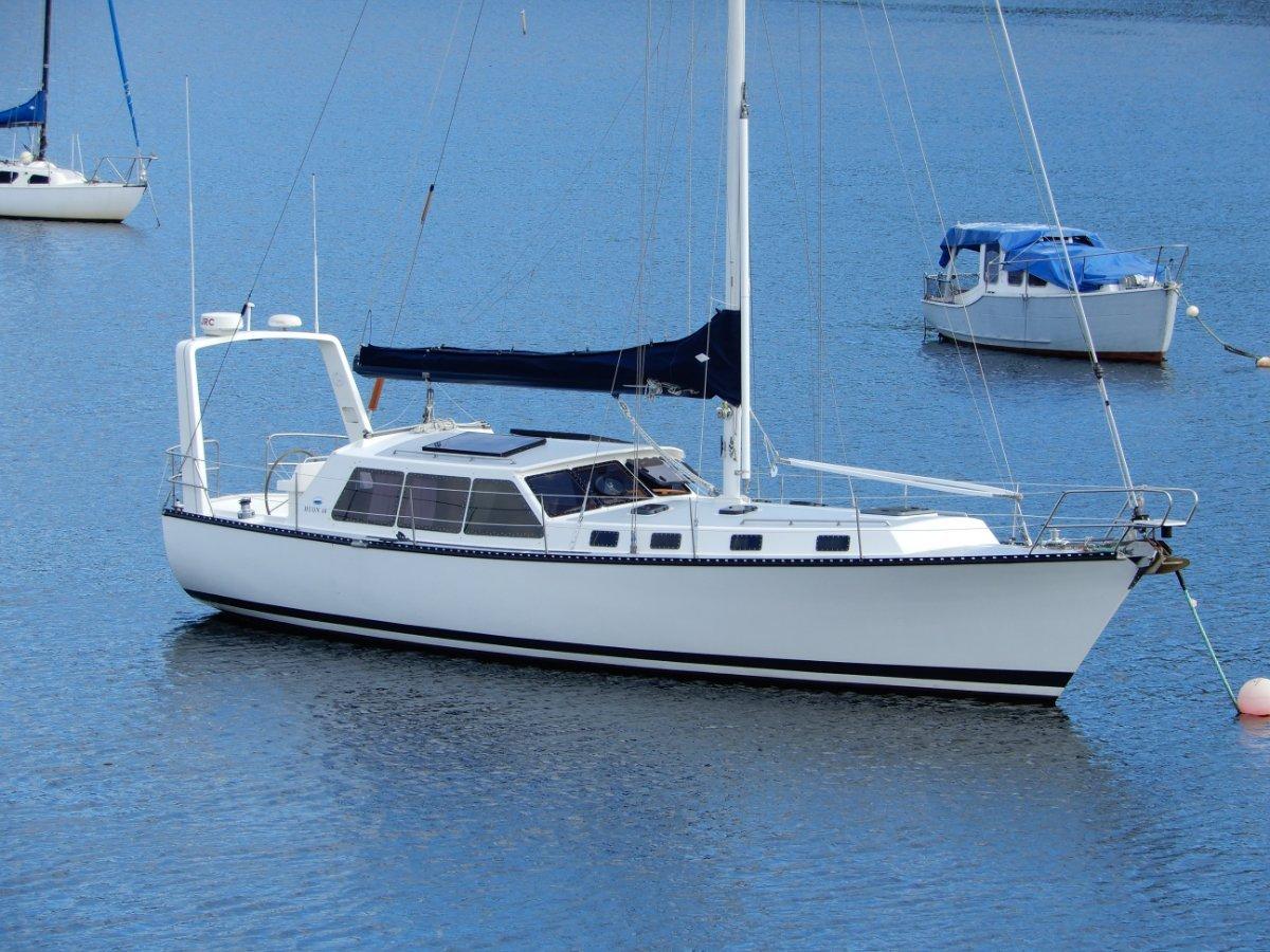 Huon 40 PilotHouse Yacht