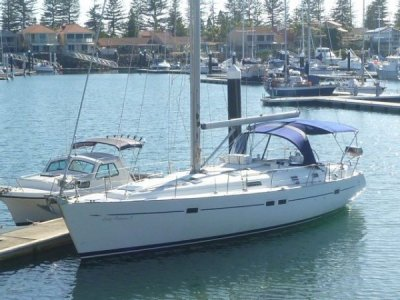 Beneteau Oceanis 411- Click for more info...