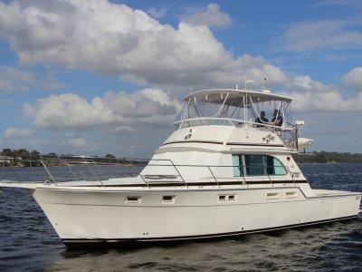 Caribbean 45 Flybridge Cruiser - Immaculate Bertram Caribbean