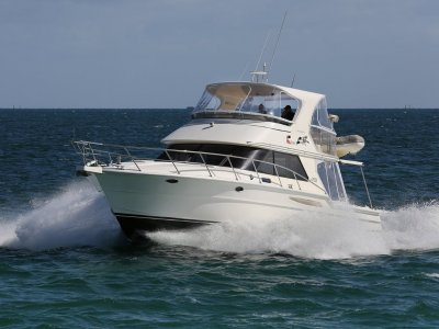 Thomascraft 46 Flybridge - rare three cabin model, great service history