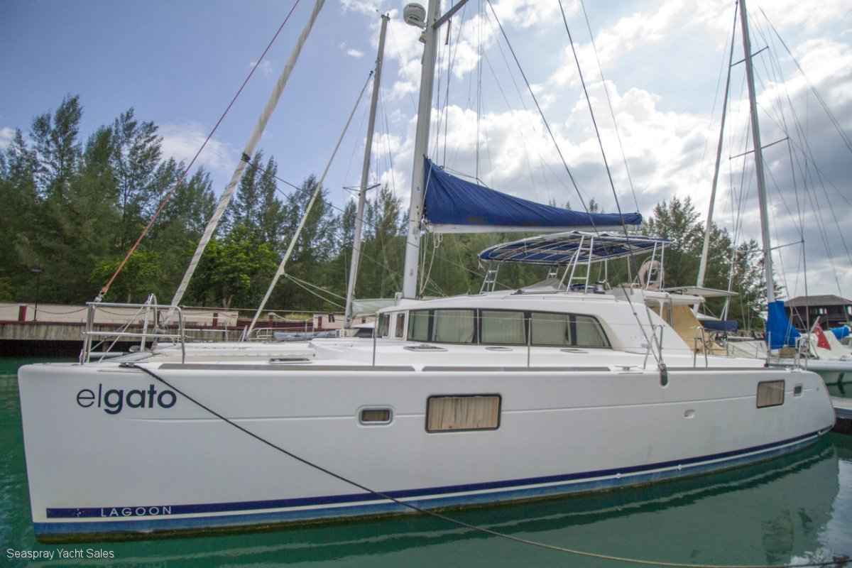 Lagoon 440 catamaran for sale in Malaysia. AU registered.:Lagoon 440 Owners Edition for sale Malaysia