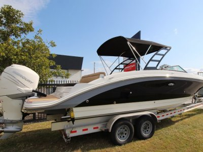 Sea Ray 270 SDX OB Bowrider