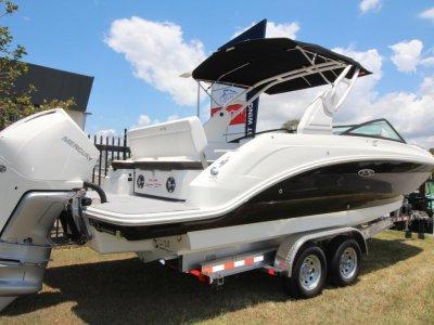 Sea Ray 250 SDX OB Bowrider